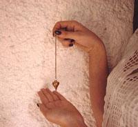 Péndulo metálico con punta